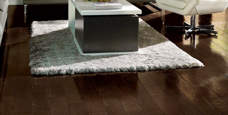 Offering a stunning range of colors to coordinate with any palette or design style. Available in two plank size options.