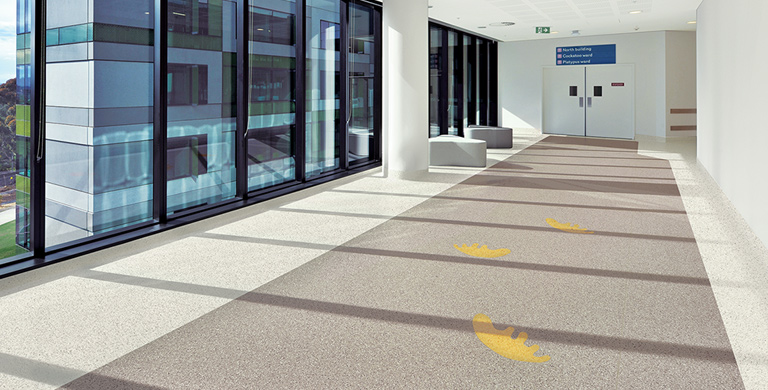 Accolade Plus is a homogeneous sheet vinyl floor with a contemporary color palette and bold tone-on-tone visual, which combines excellent durability and maintenance characteristics.