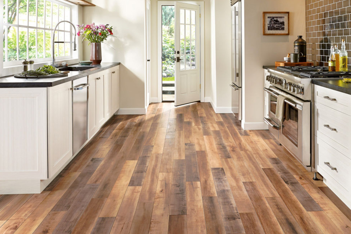 Laminate flooring design ideas for Laminate floor coverings for kitchens
