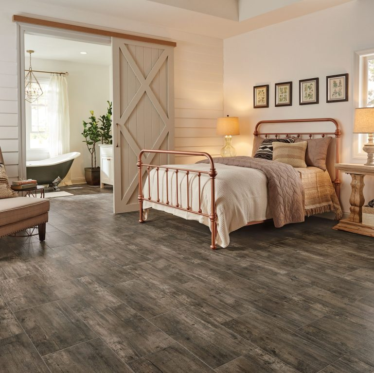 Hardwood flooring in bedrooms best home design 2018 for Best laminate flooring for bedrooms